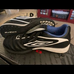 Boys Turf shoe 1.5
